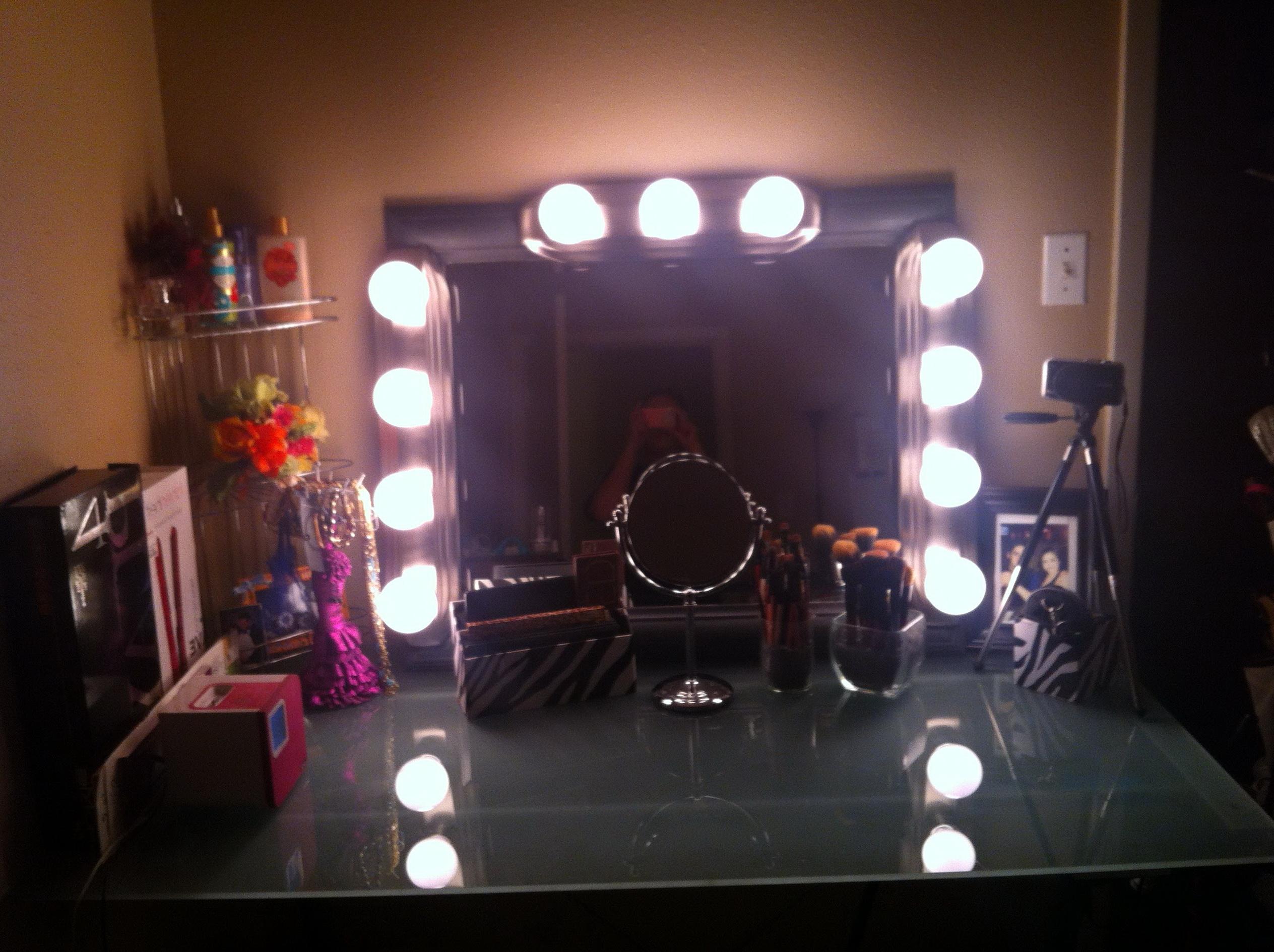Vanity Girl Hollywood Mirror Diy