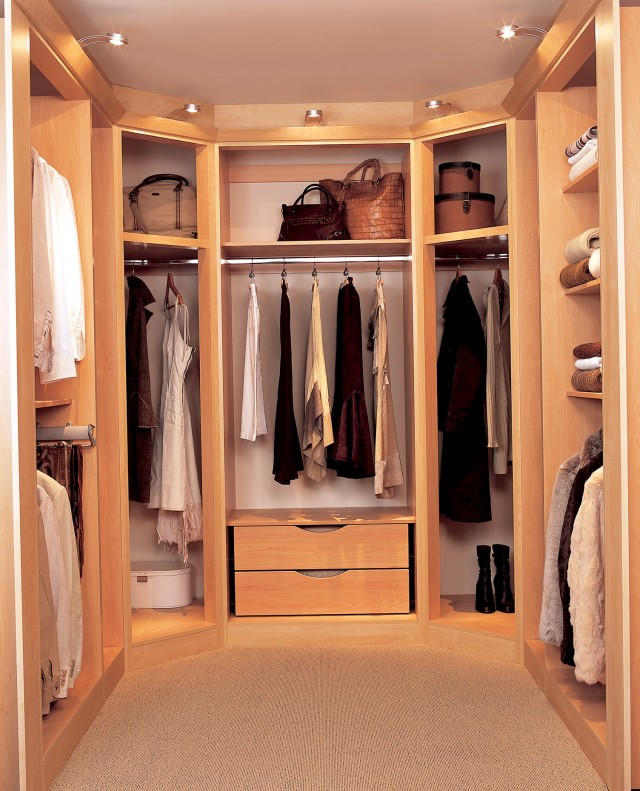 Walk In Closets For Girls