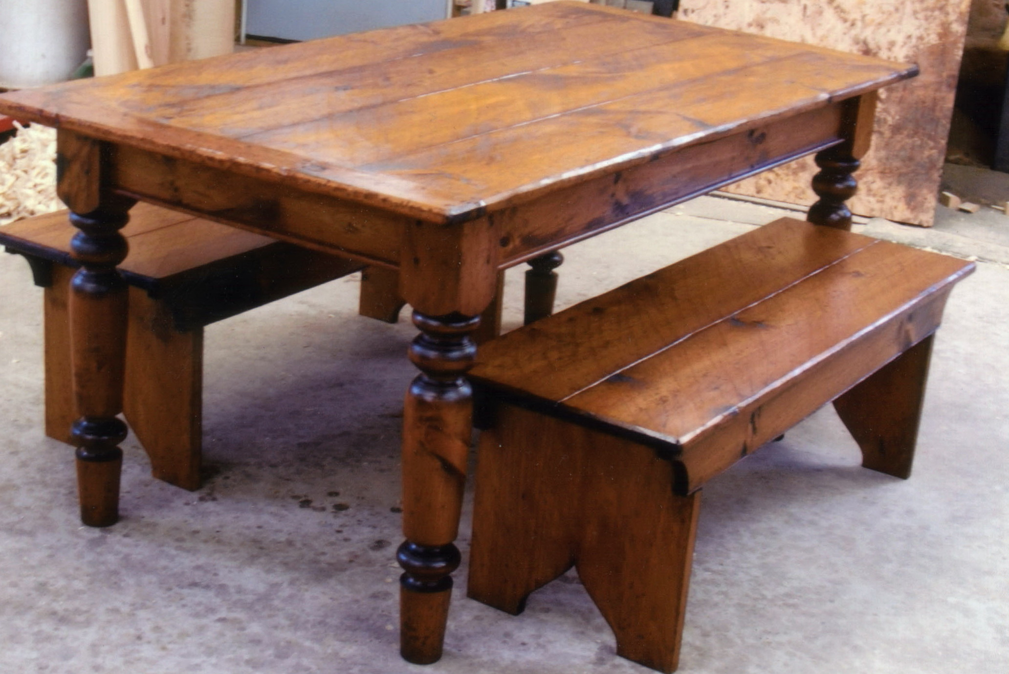 Wooden Kitchen Tables With Benches