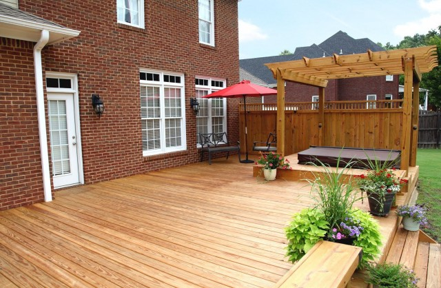 Backyard Decks With Hot Tubs