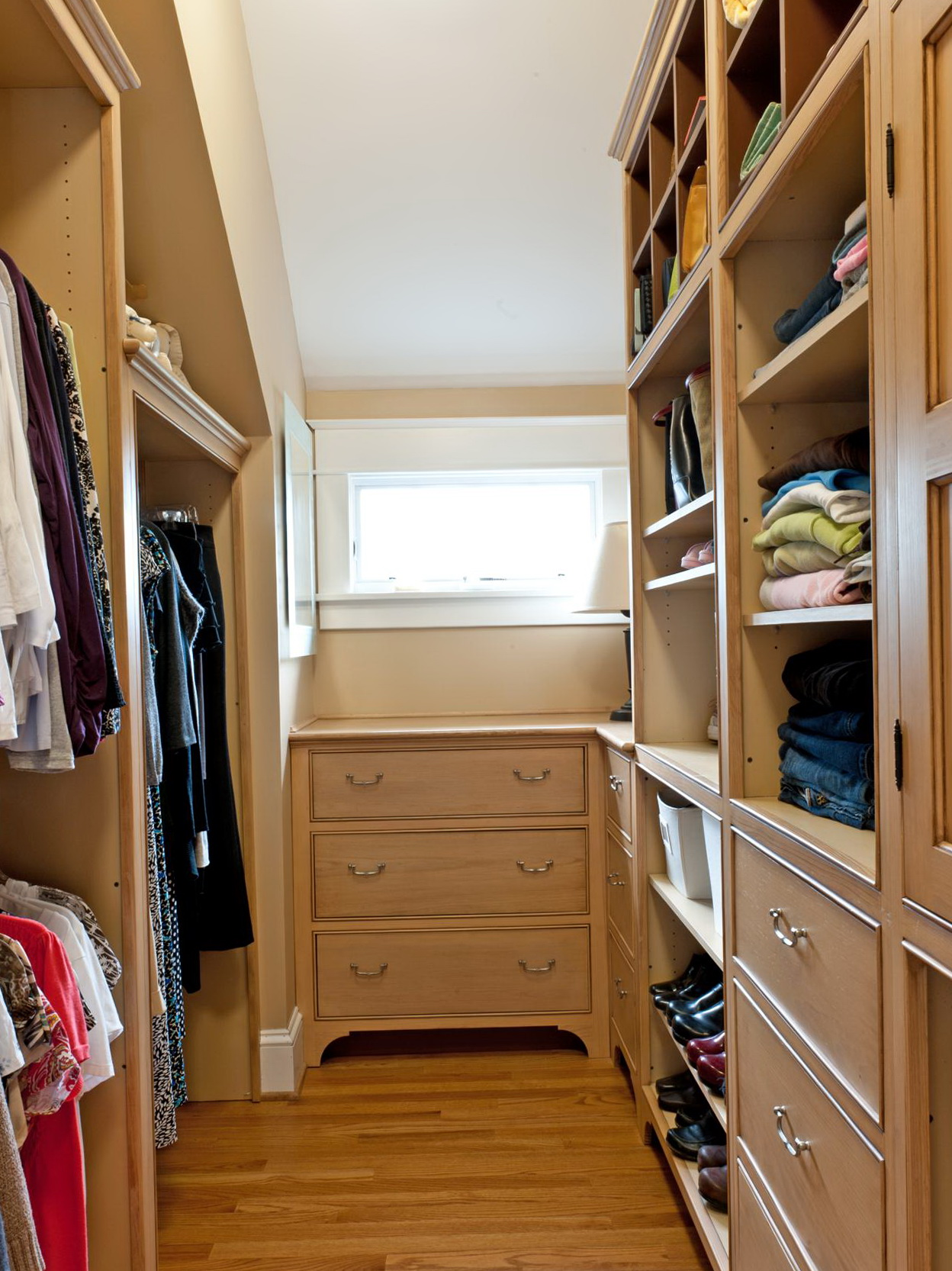Design Your Own Closet Space