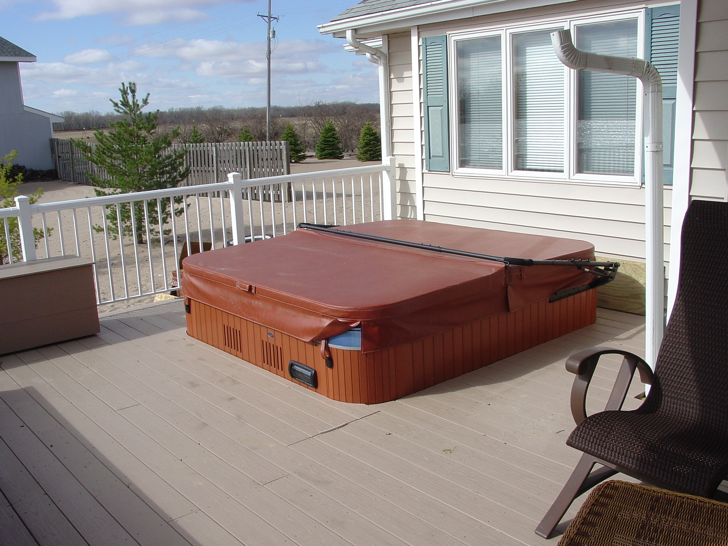 Hot tub on deck ideas home design ideas for Hot tub deck designs plans
