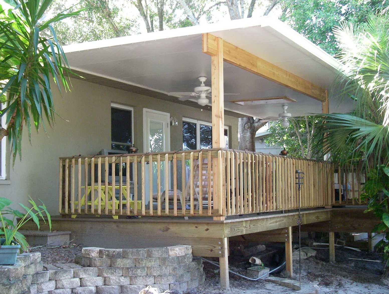 Images Of Decks With Roofs