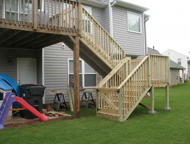 Installing Deck Stair Railing