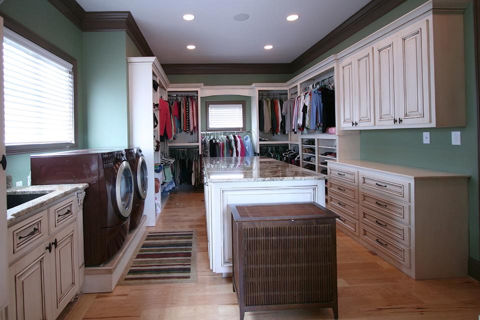 Laundry Room Closet Design Ideas