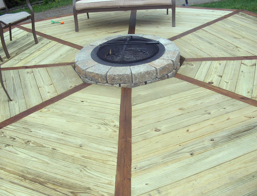 Octagon Deck With Fire Pit
