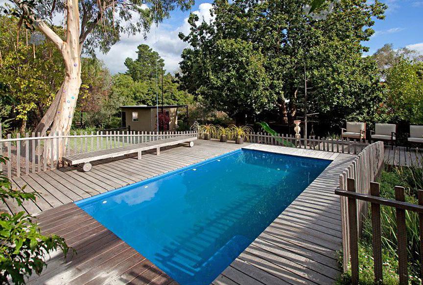 Pools With Decks Around Them