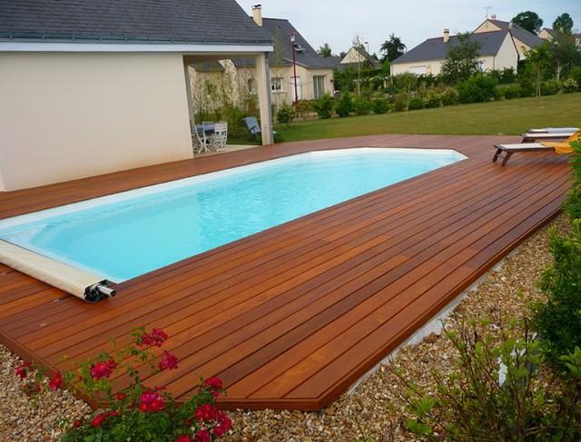 Swimming Pool Decking Designs