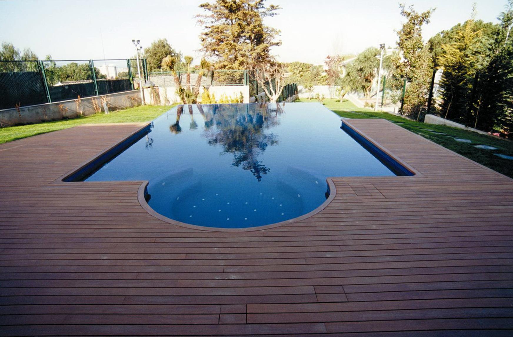 Swimming Pool Decking Ideas