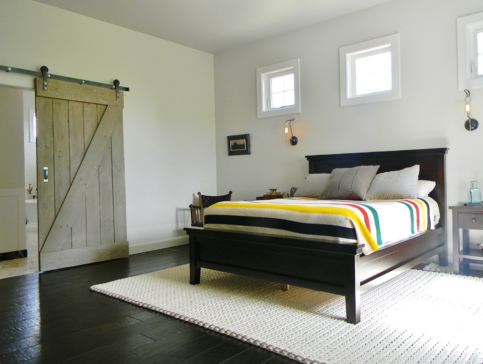 Bed In Closet Decorating Ideas