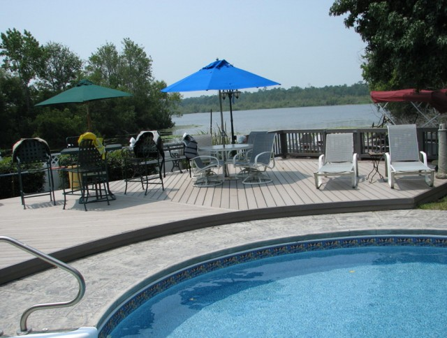 Best Composite Decking Around Pool