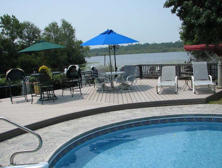 Best Composite Decking Around Pool