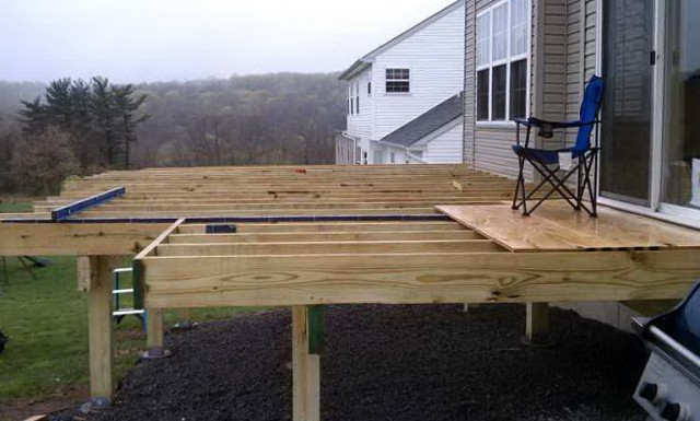 Building A Freestanding Deck Plans