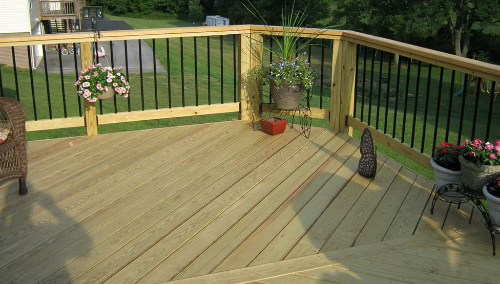 how to build deck railing with aluminum balusters