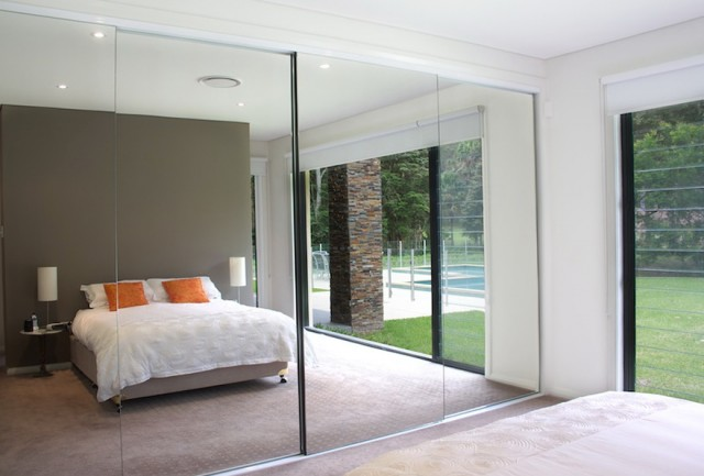 Mirrored Bifold Closet Doors