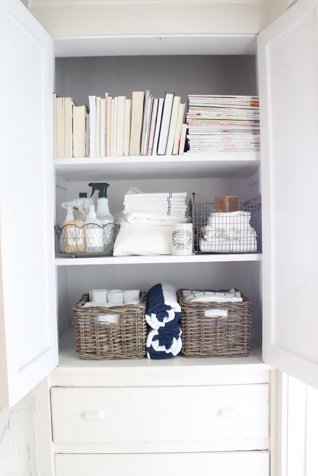 Organize Small Linen Closet Home Design Ideas