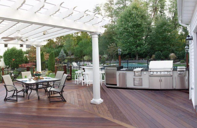 Outdoor Deck Flooring Ideas