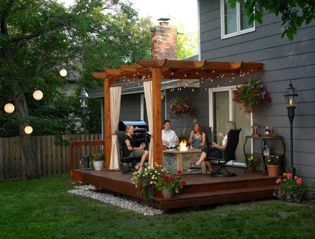 Patios And Decks For Small Backyards