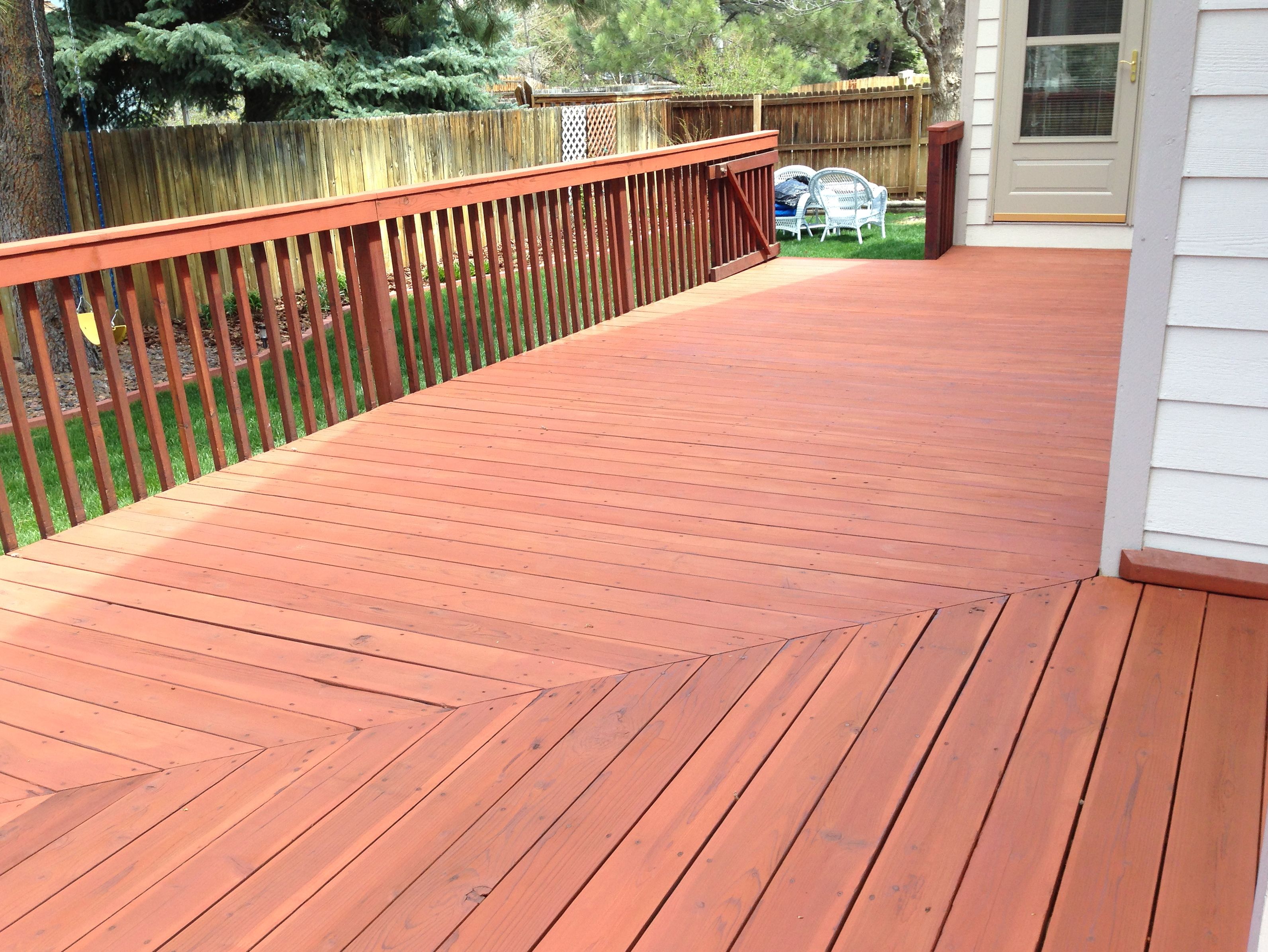 redwood deck stain colors home design ideas. Black Bedroom Furniture Sets. Home Design Ideas