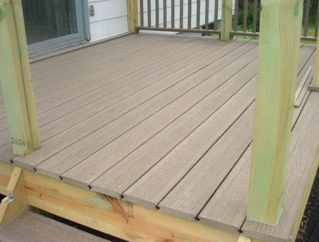 Synthetic Decking Material Reviews