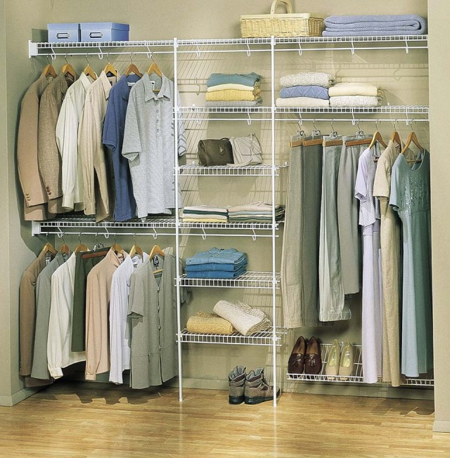 Bedroom Reach In Closet Ideas