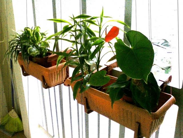 Brackets For Deck Railing Planters