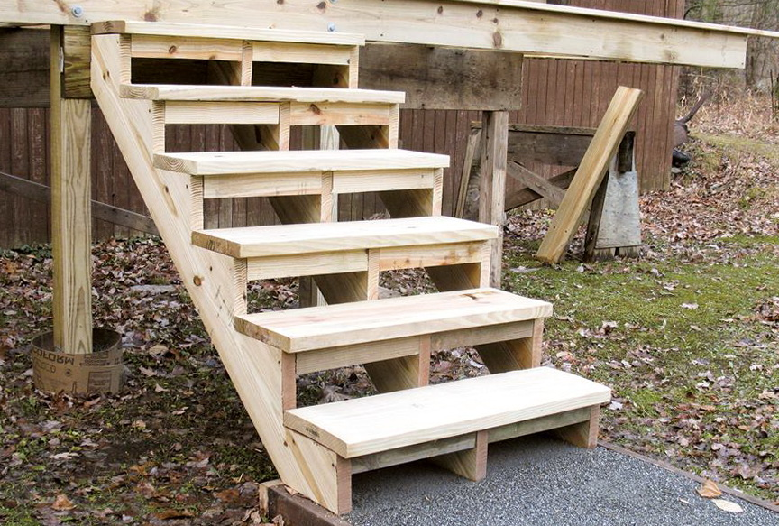 Pre Made Outdoor Wooden Steps Designs