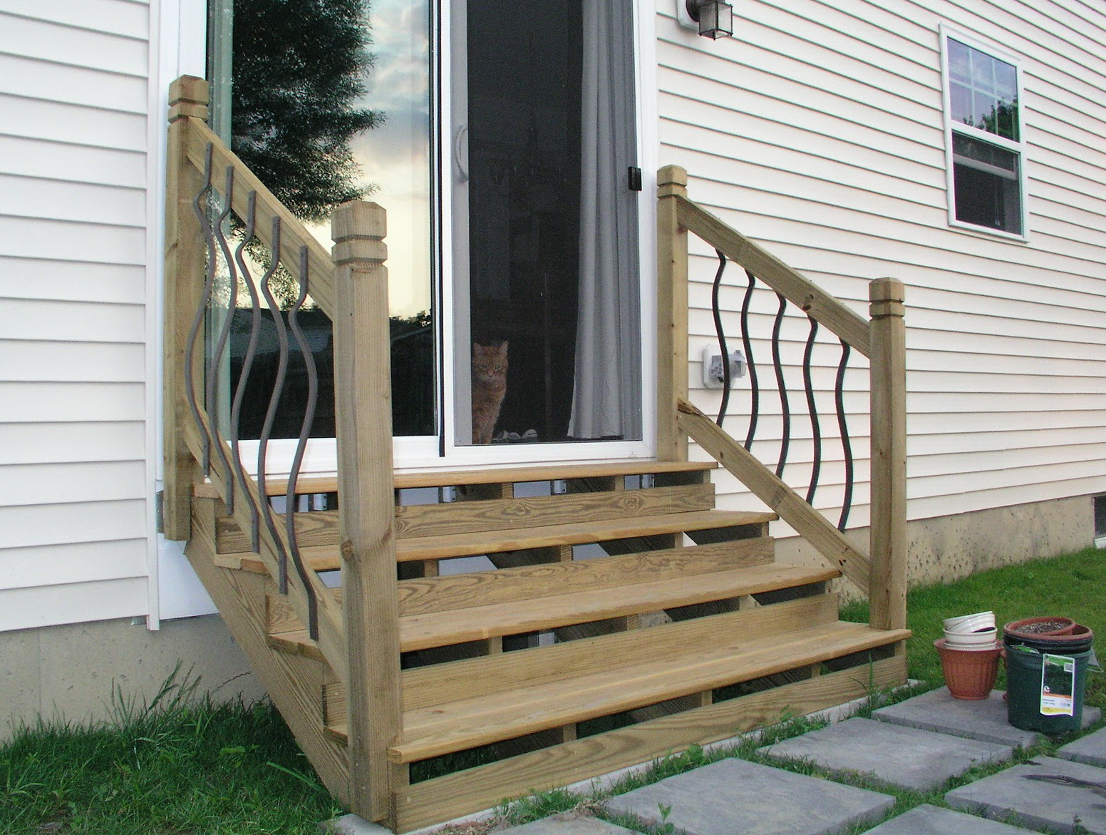 Build Wood Deck Stairs And Landing: Build Stairs Off Deck