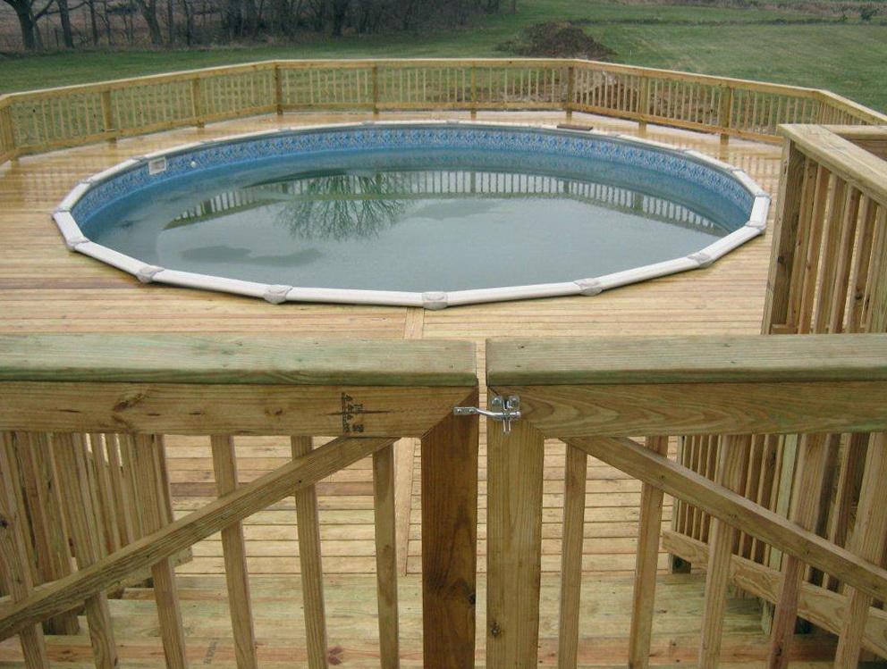 Building A Pool Deck Gate Home Design Ideas