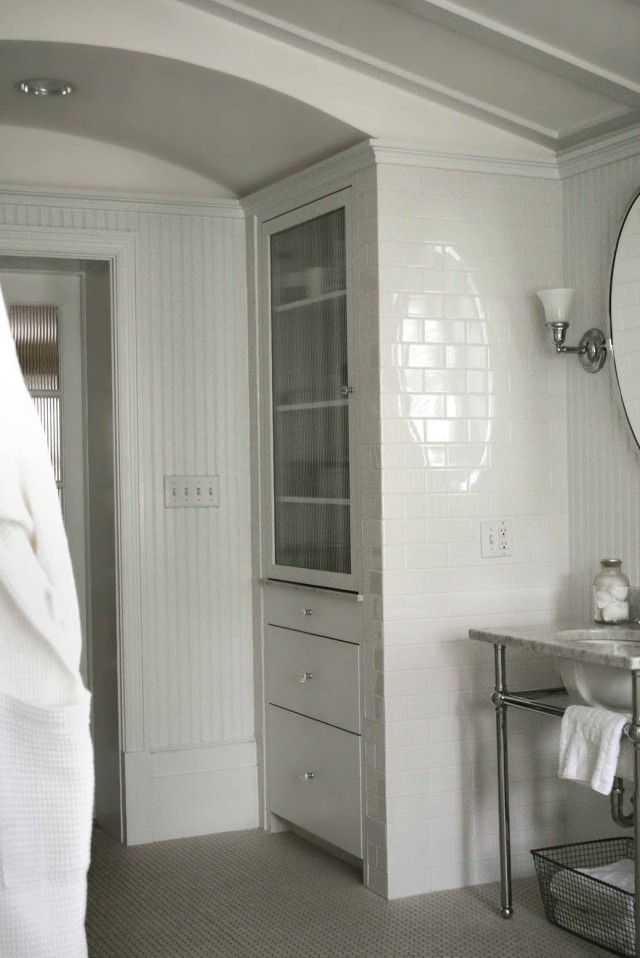Built In Bathroom Linen Closet