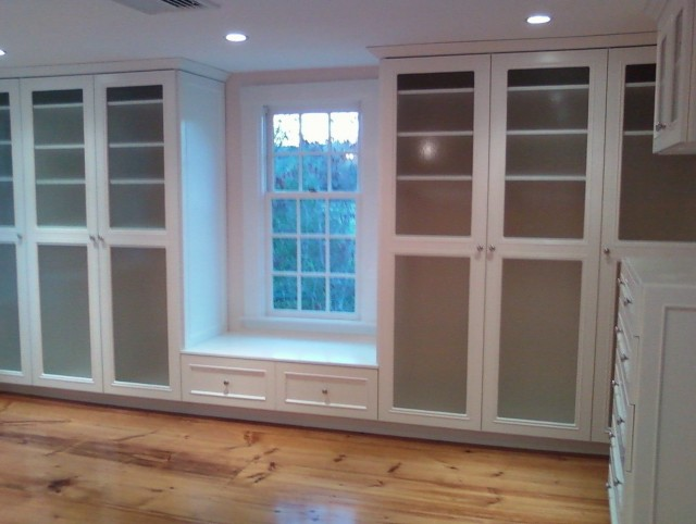 Small built in closet ideas home design ideas - Built in closet systems ideas ...