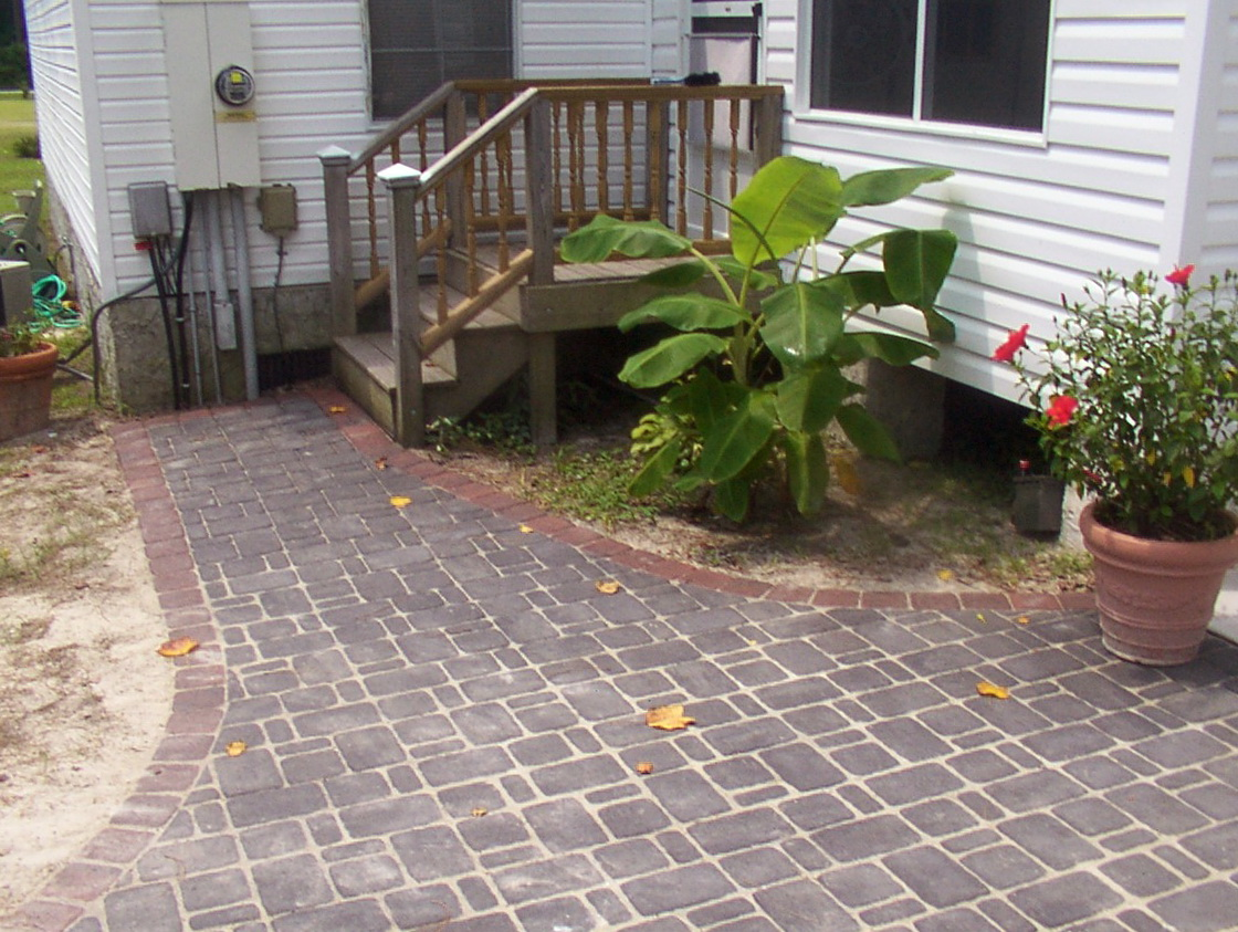Cheap backyard deck ideas home design ideas for Cheapest place for decking