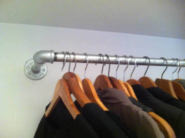 Closet Clothes Rod Label