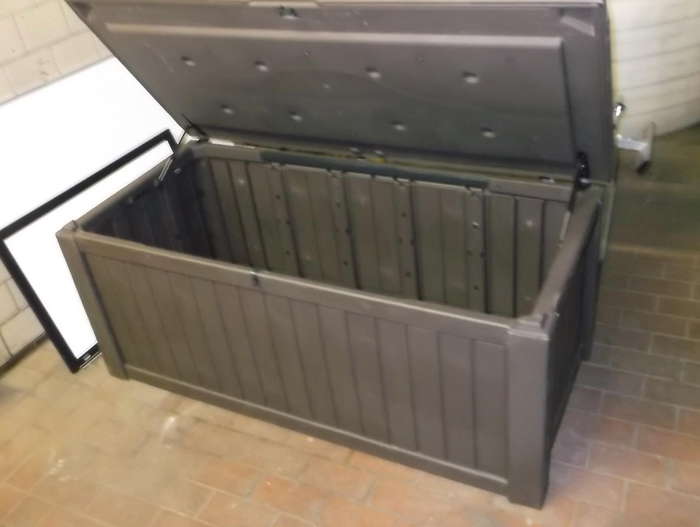 Extra Deck Box 150 Gallon