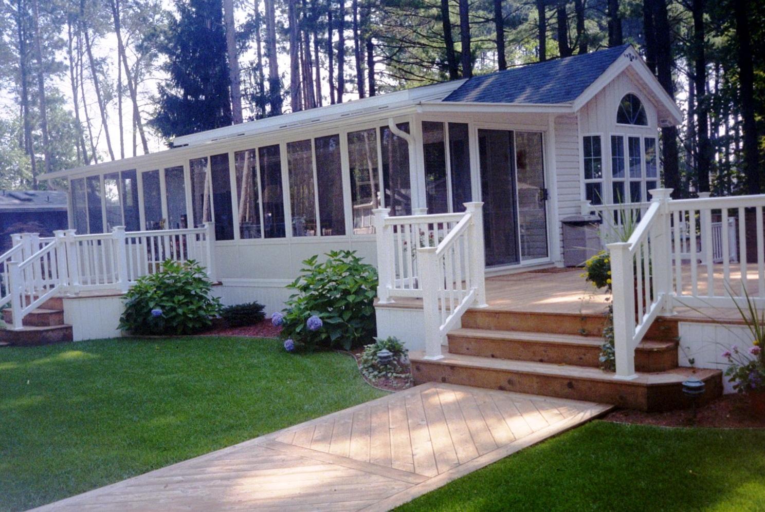 Front porch decks for mobile homes home design ideas for Porch and deck designs for mobile homes