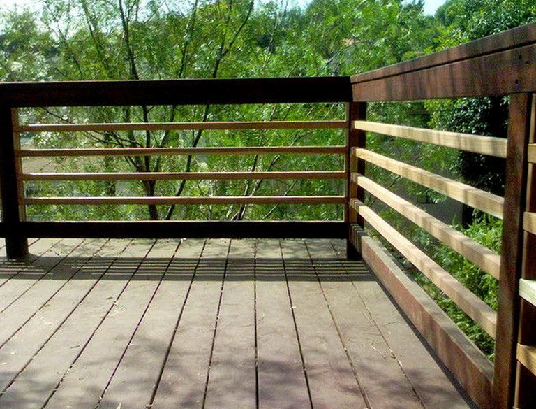 Horizontal Deck Railing Ideas   Home Design Ideas