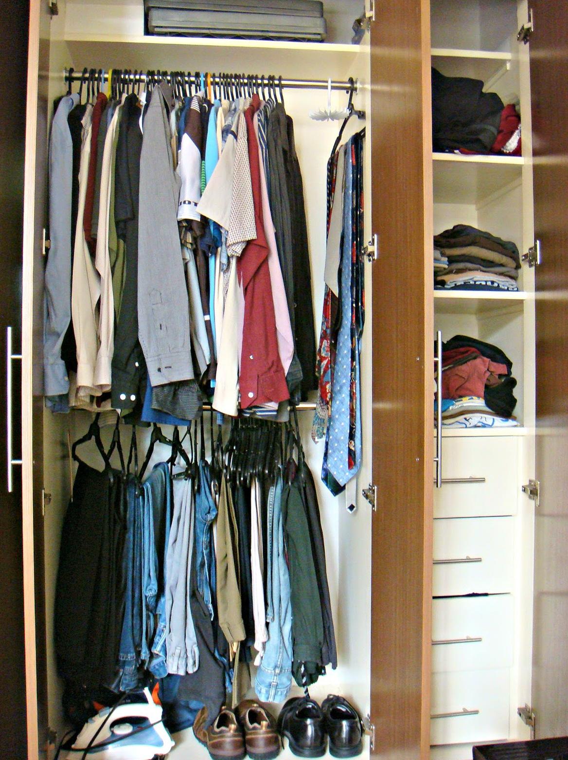 Organizing Small Closet Spaces
