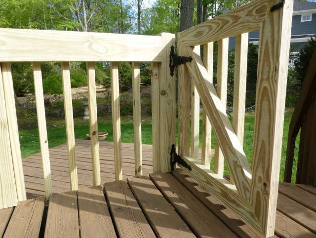Baby Gate For Outdoor Deck