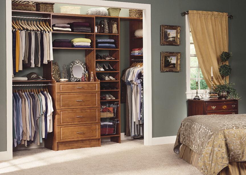 Bedroom Reach In Closet Designs