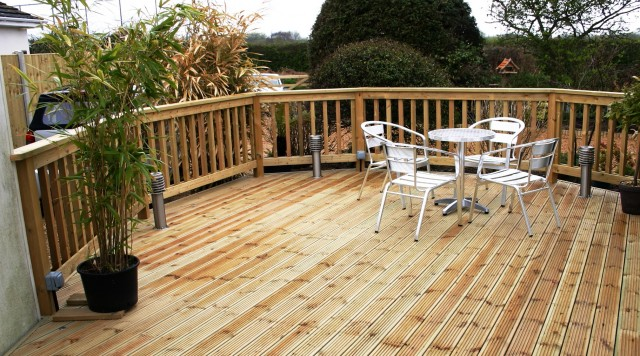Best Decking Material For Snow