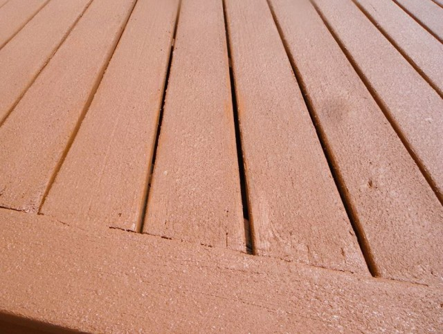 Best Paint For Decks With Cracks