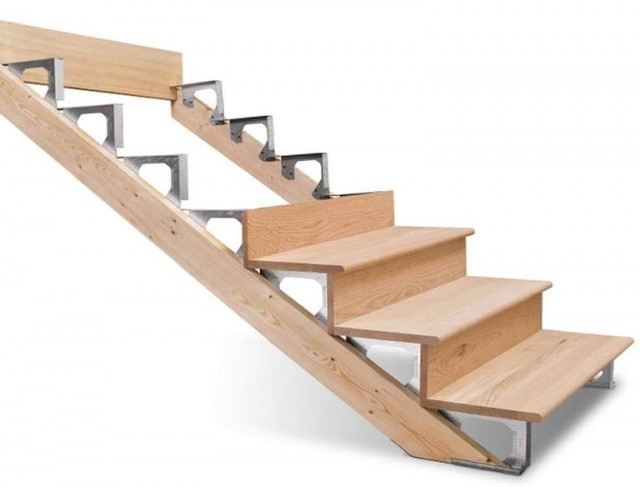 Building Deck Stairs Without Stringers