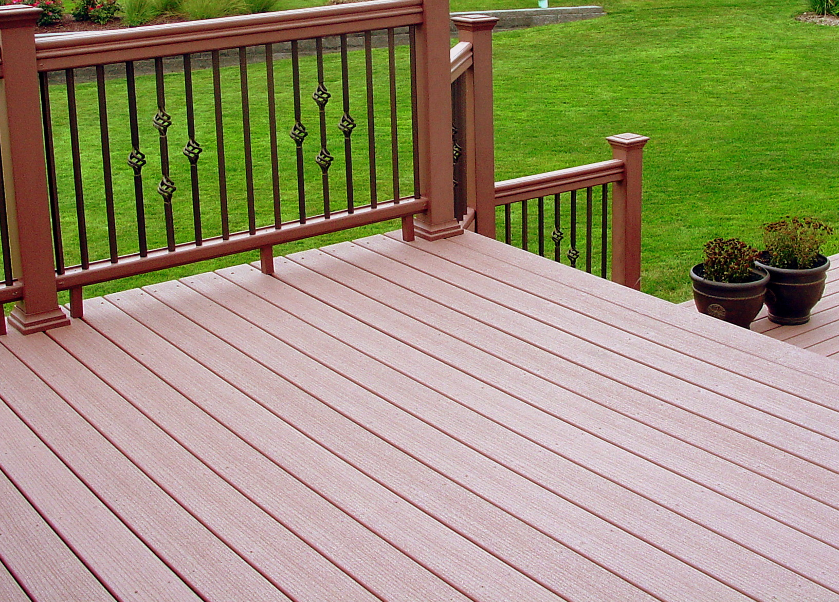 Cheapest composite decking uk home design ideas for Evergrain decking cost