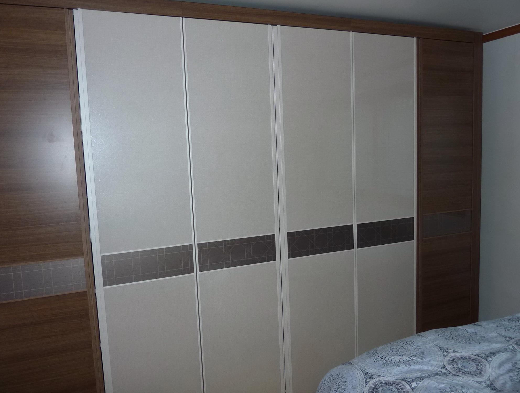 Closet door repair los angeles home design ideas for Closet design los angeles