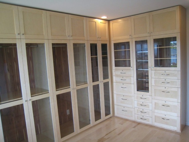 Custom Made Closets Toronto