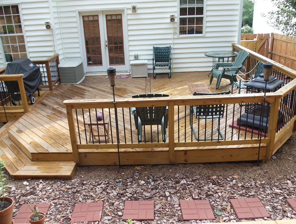 Ground level deck designs home design ideas for Deck designer