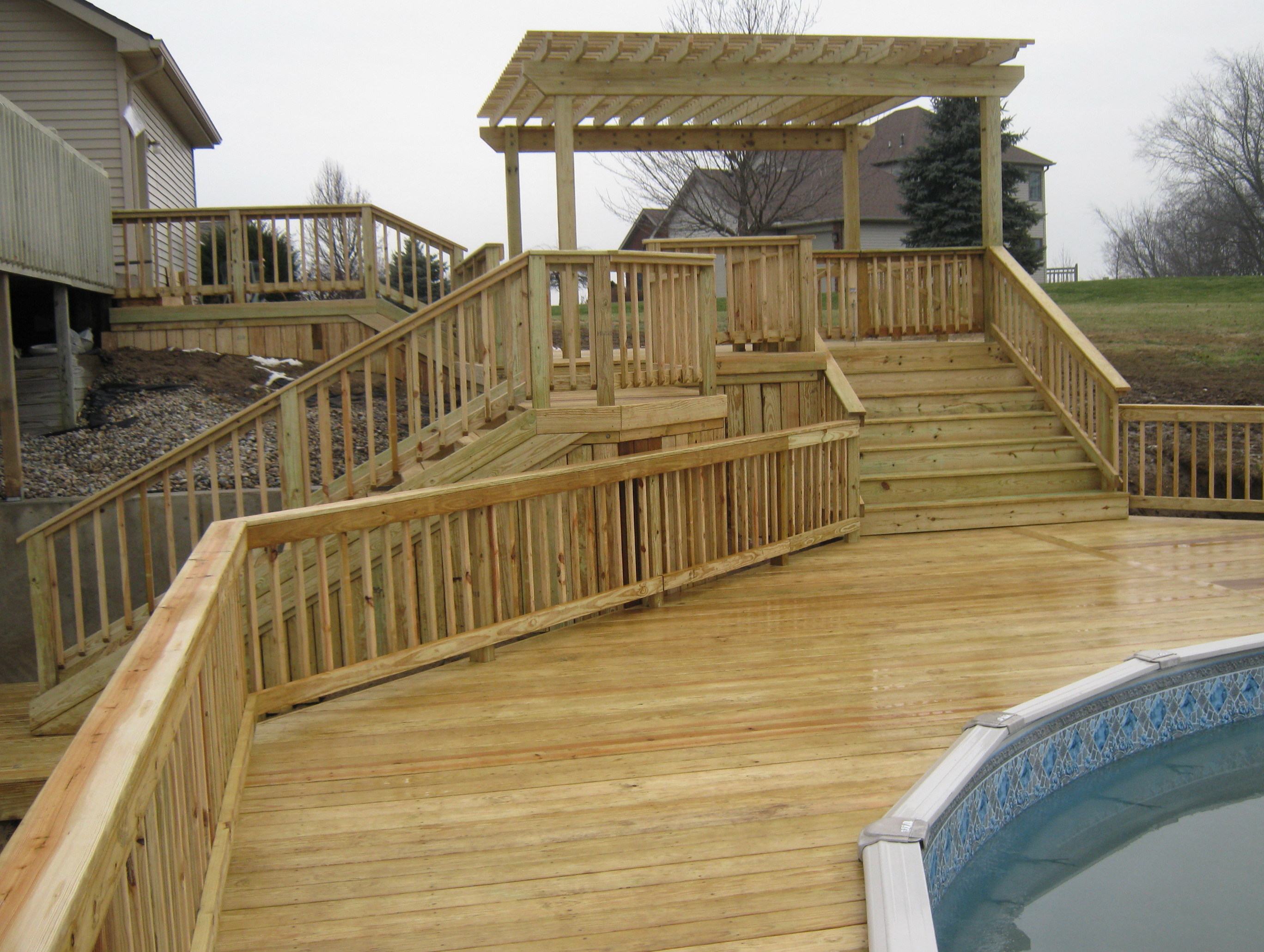 Lovely Building A Ground Level Deck