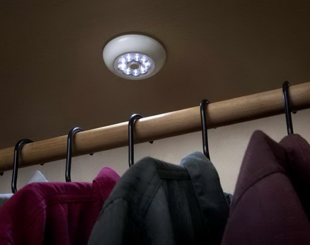 Lights For Closets With No Electricity