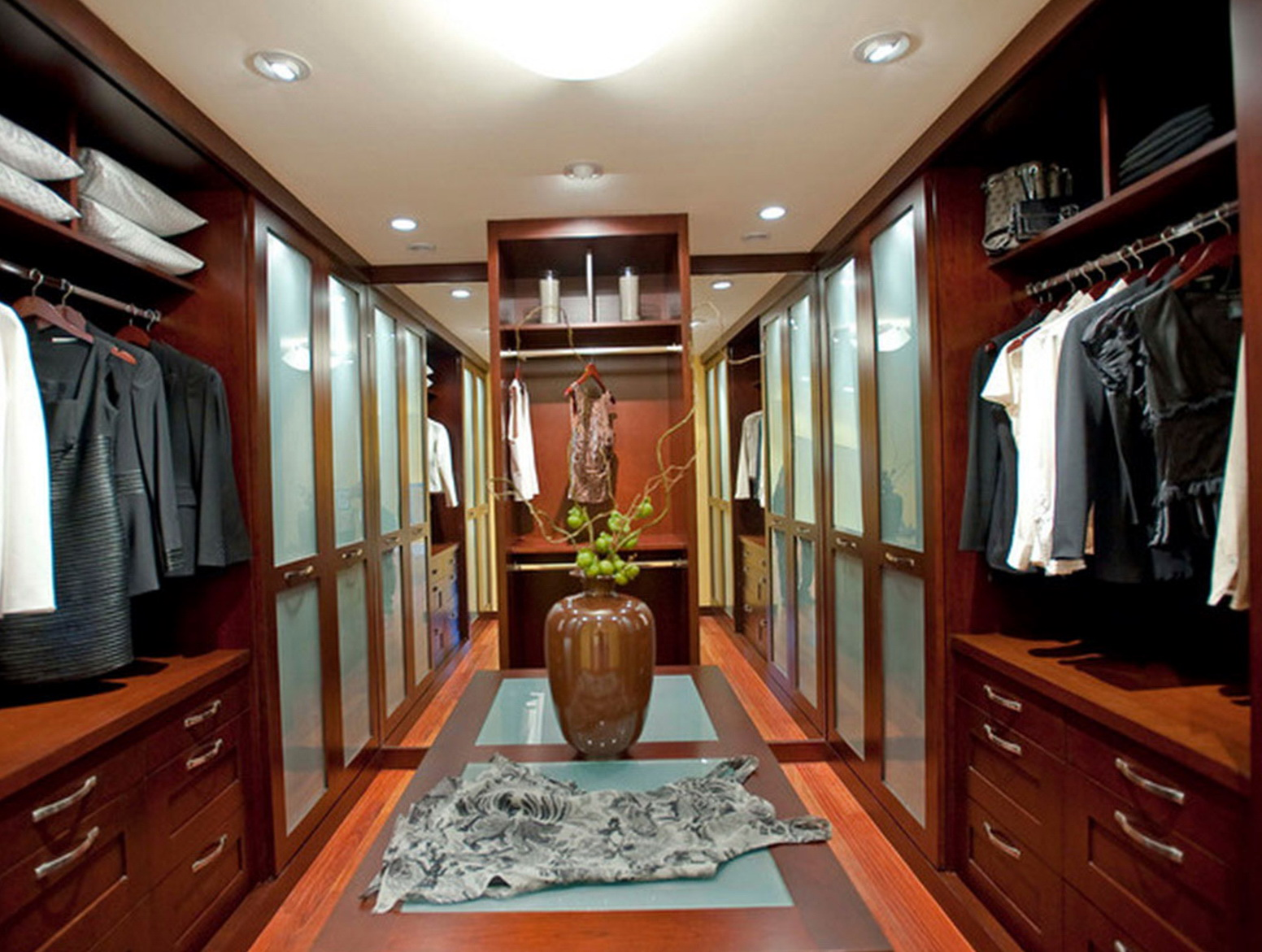 Luxury Master Bedroom Closets Home Design Ideas