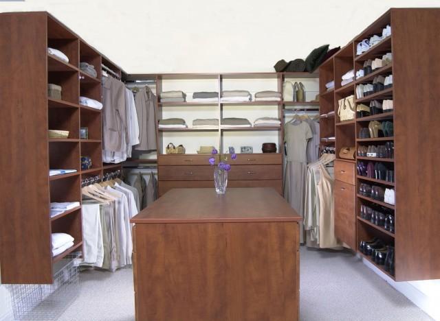 Master Bedroom Closet Size